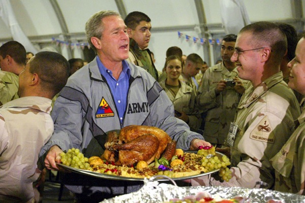 george_w_bush_thanksiving_iraq_november_2003.jpg