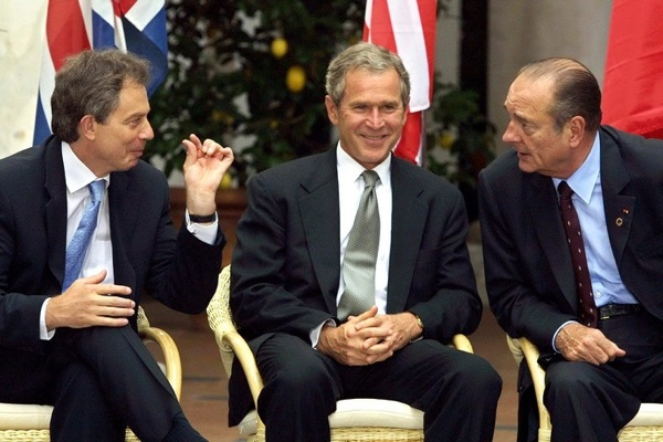george_w_bush_tony_blair_jacques_chirac_g8_summit_genoa_july2001.jpg
