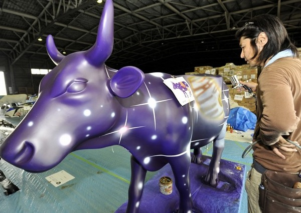 Cow Parade Exhibition in Madrid Spain