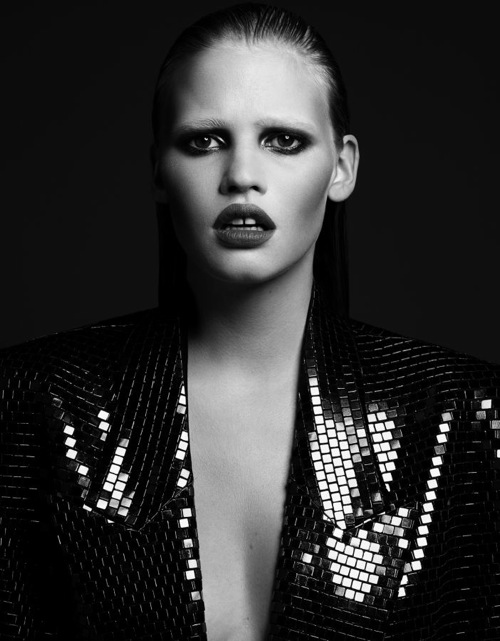 lara_stone_hedi_slimane_lara_by_night02.jpg