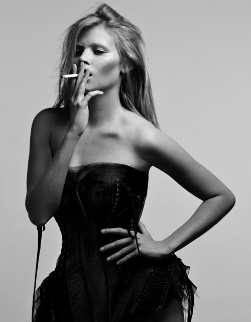 lara_stone_hedi_slimane_lara_by_night05.jpg