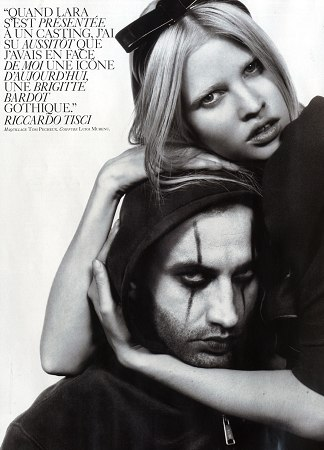 vogue_paris_feb2009_lara_stone_with_ricardo_tisci.jpg