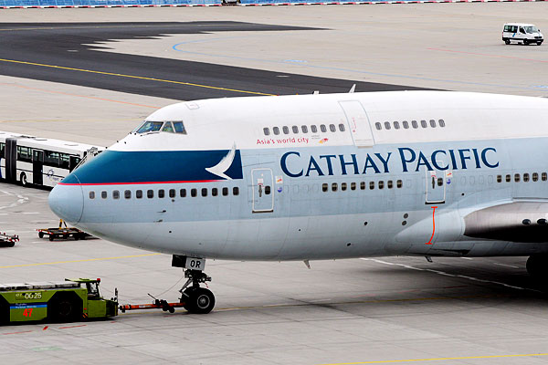 3_cathay_pacific.jpg