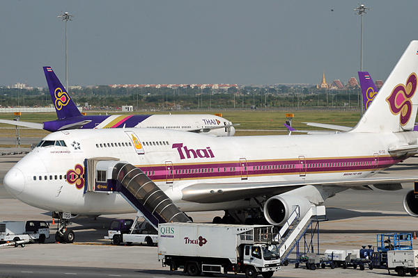 51_thai_airways.jpg