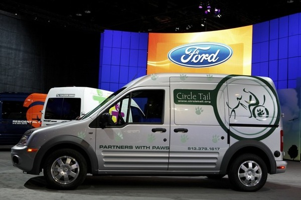 chicago_auto_show_ford_transit_connect_van.jpg