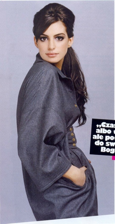 anne_hathaway_cosmopolitan_poland_march2009_02.jpg