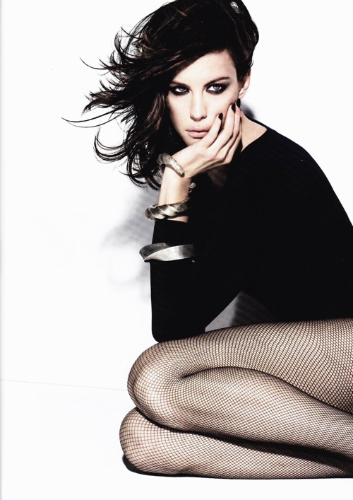 liv_tyler_wonderland_feb2009_06.jpg