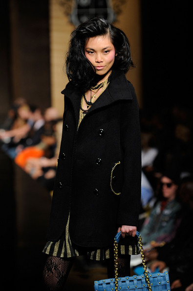 ny_fashion_week_baby_phat_kls_collection04.jpg