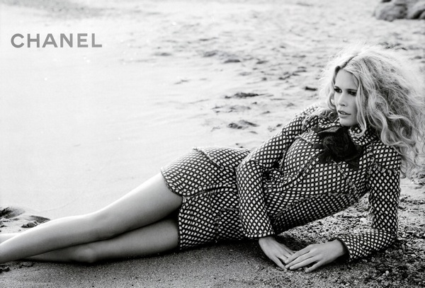 claudia_schiffer_chanel_ad_ss2008_05.jpg