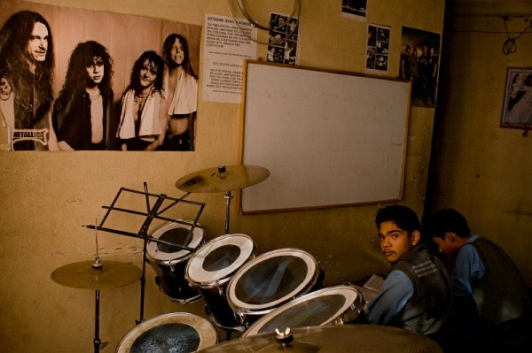 nepal_kathmandu_rockschool_drums_and_metallica_poster_IMG_0674.jpg