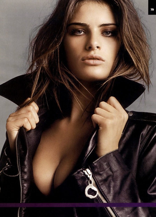 isabeli_fontana_vogue_sep08_01.jpg