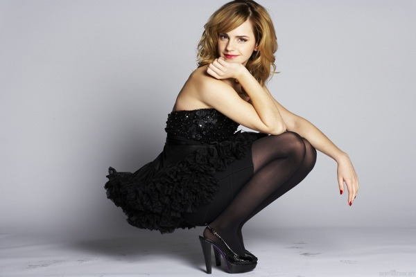 emma_watson_by_sean_cook_live_magazine_supplement_daily_mail09.jpg