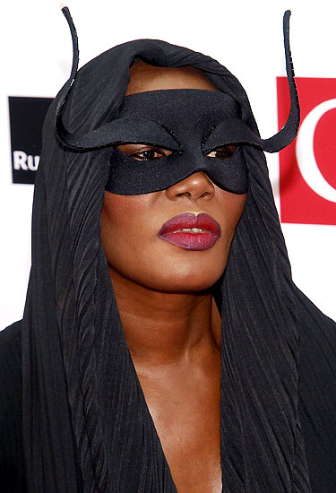 grace_jones_qmagazine_music_awards.jpg