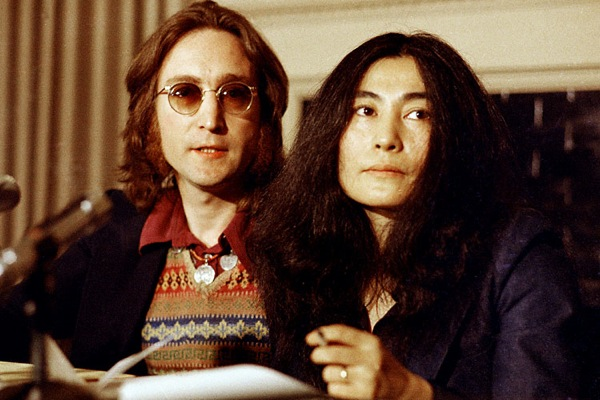 john_lennon_yoko_ono_new_york_press_conference.jpg