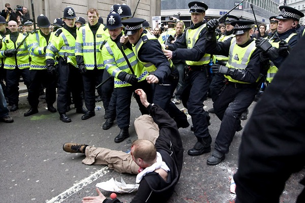 g20_protests_london06.jpg