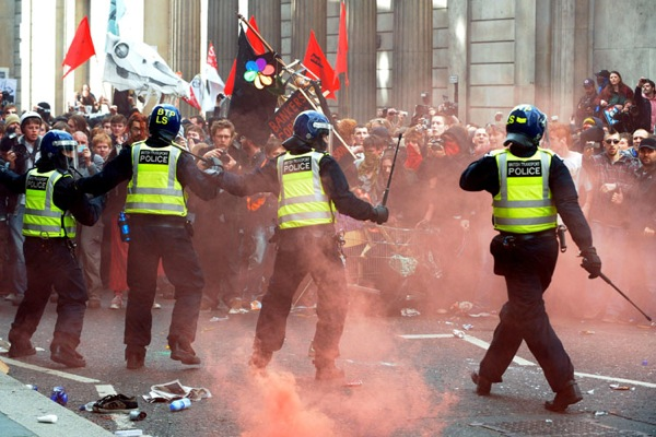 g20_protests_london12.jpg