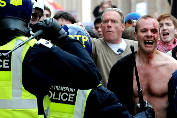 g20_protests_london21.jpg