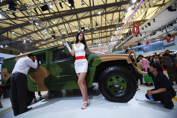 shanghai_dongfeng_motors_high_mobility_multipurpose_wheeled_vehicle.jpg
