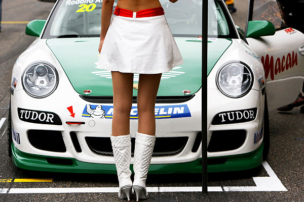 sport_formula_1_girl_grand_prix_china_shangai.jpg
