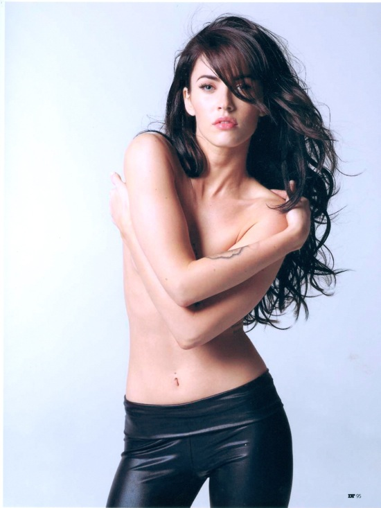 megan_fox_dt_magazine_spain_april2009_03.jpg