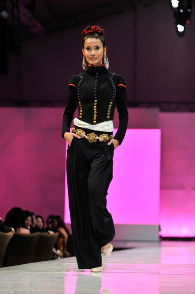 fashion_festival_singapore_christian_lacroix08.jpg