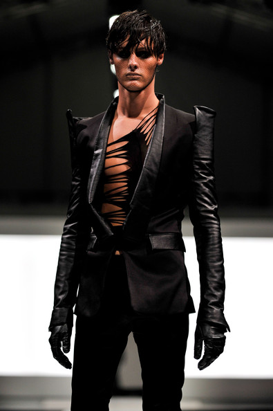 fashion_festival_singapore_gareth_pugh01.jpg