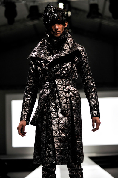 fashion_festival_singapore_gareth_pugh03.jpg