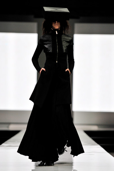 fashion_festival_singapore_gareth_pugh05.jpg
