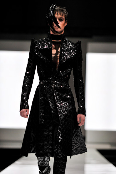 fashion_festival_singapore_gareth_pugh09.jpg