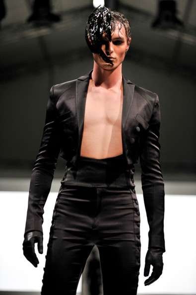 fashion_festival_singapore_gareth_pugh10.jpg