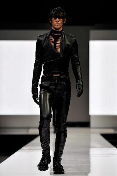 fashion_festival_singapore_gareth_pugh11.jpg