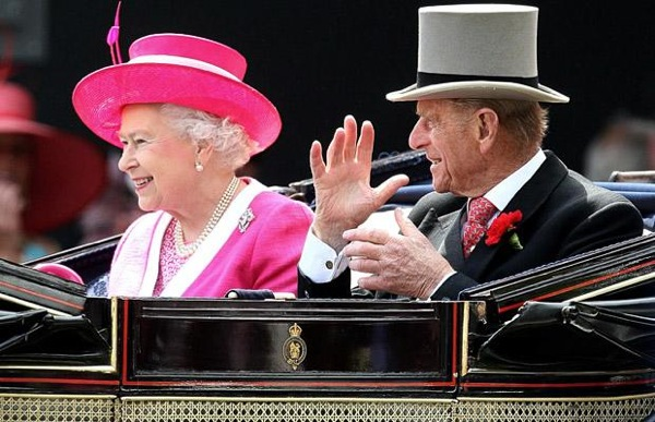 royal_ascot_queen_elizabeth2_duke_of_edinburgh02.jpg