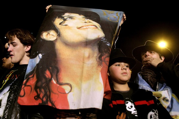 mj_mourning_buenos_aires.jpg