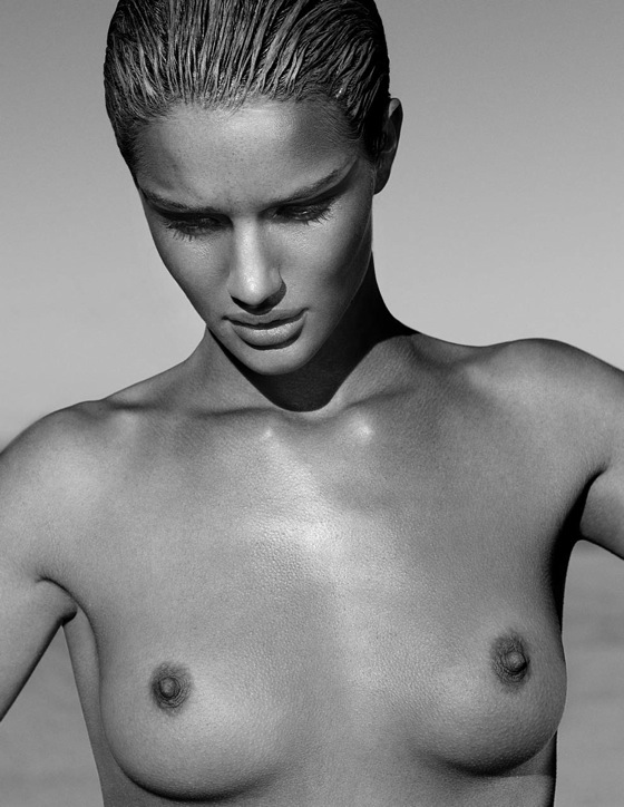 rosie_huntington_whiteley_exit_magazine09.jpg