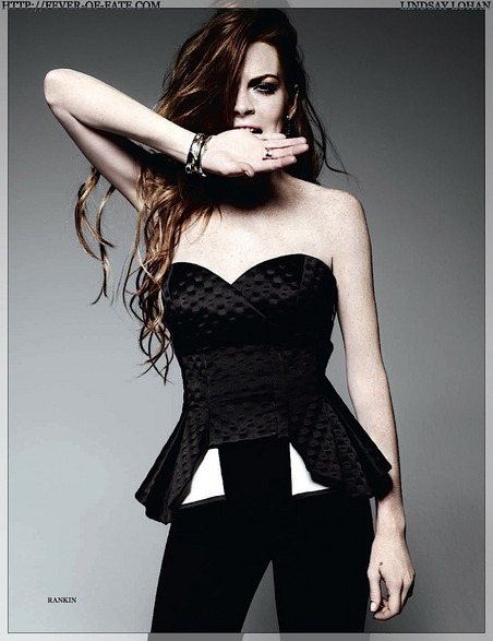 gallery_main-lindsay-lohan-elle-uk-photo-shoot-08032009-05.jpg