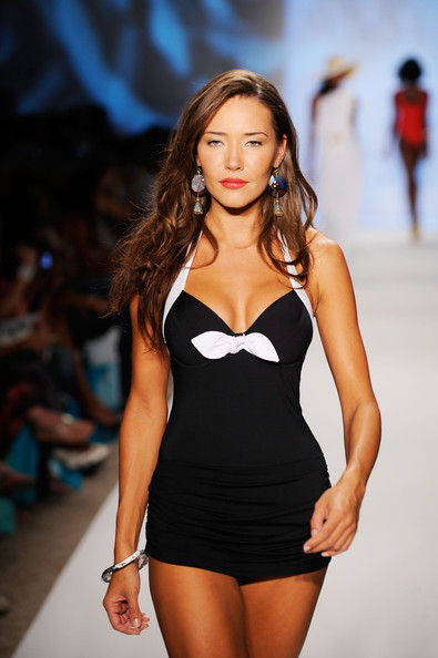miami_swim_fashion_week_v_del_sol04.jpg