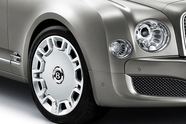 bentley_mulsanne06.jpg
