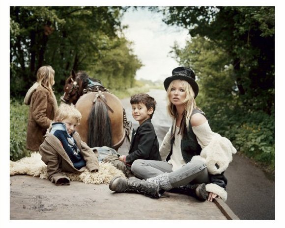 kate-moss-gypsies-02-1.JPG