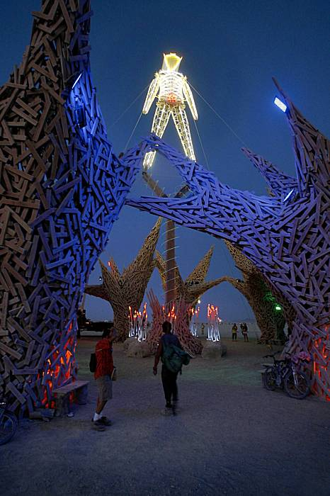 burning_man_festival_2009_03.jpg