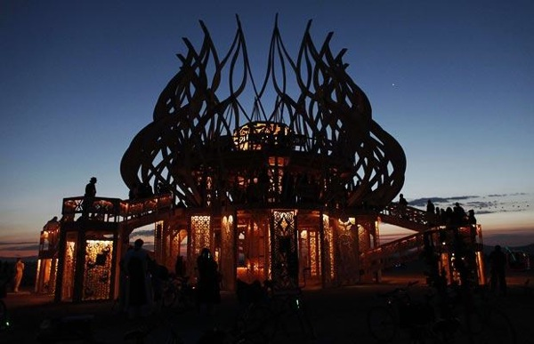 burning_man_festival_2009_04.jpg