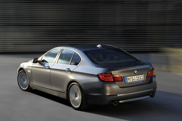 bmw_new_5_series_02.jpg