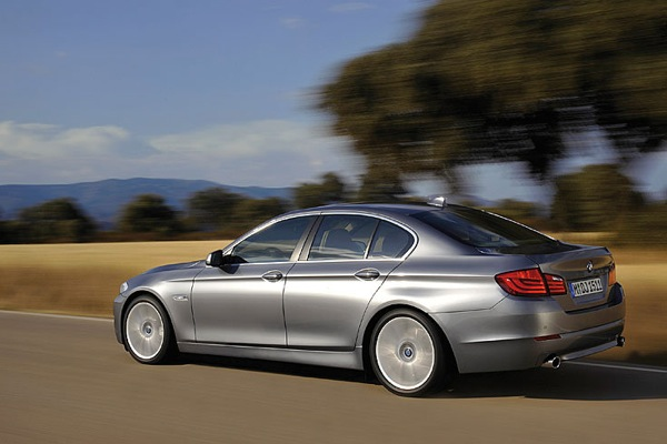 bmw_new_5_series_03.jpg