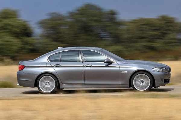 bmw_new_5_series_05.jpg