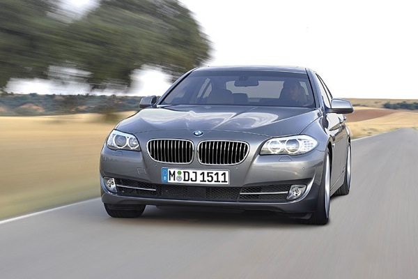 bmw_new_5_series_07.jpg