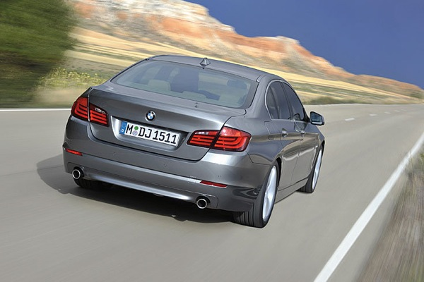 bmw_new_5_series_09.jpg