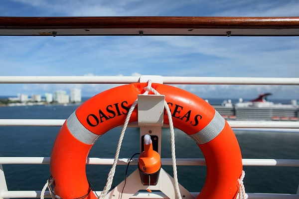 oasis_of_the_seas_16.jpg
