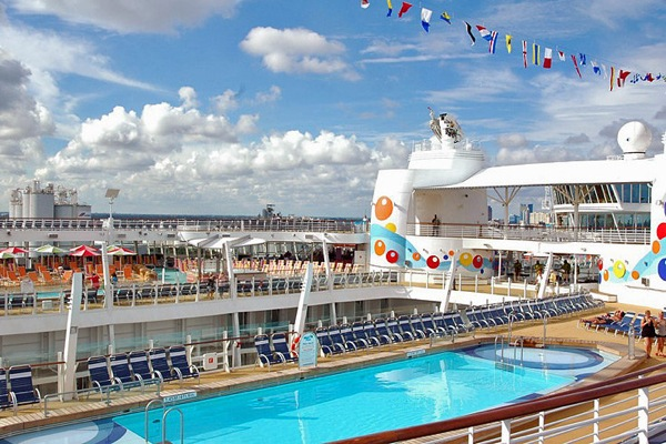 oasis_of_the_seas_26.jpg