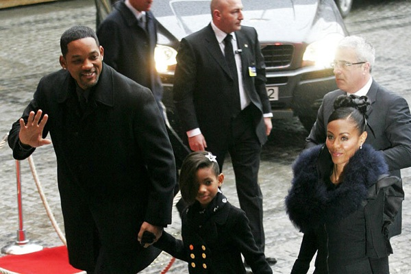 nobel_prize_will_smith_with_family2.jpg
