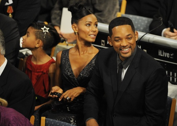 nobel_prize_will_smith_with_family3.jpg