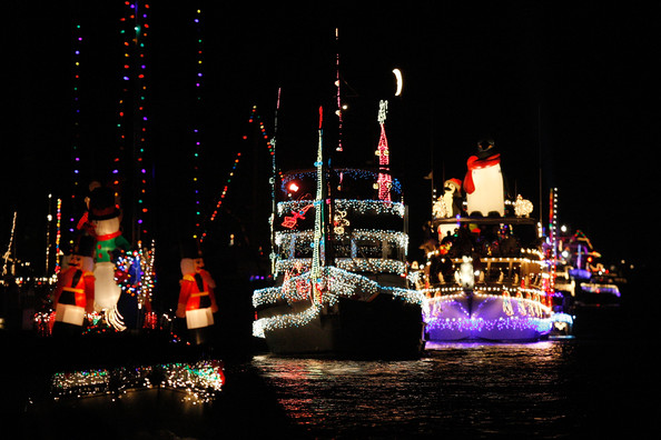 Boats+Yachts+Take+Part+Newport+Beach+Christmas+LC7KrU4Kf6sl.jpg